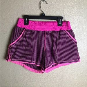 Lululemon women's shorts Sz 4-6 pink running